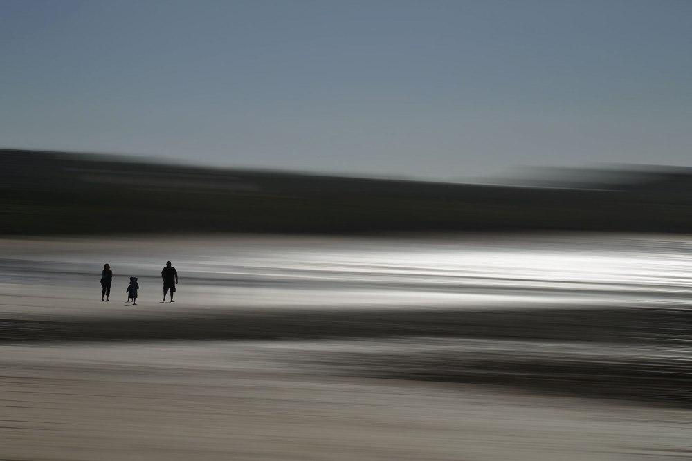 Blurred photo of Bells Beach